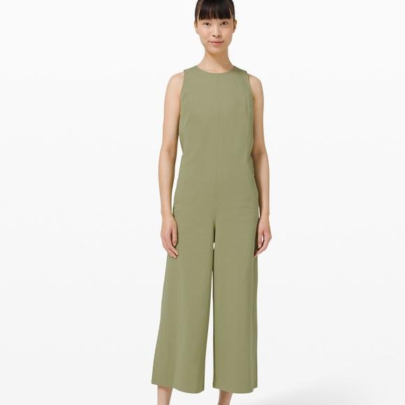 NWT Lululemon green pocketed wide leg jumpsuit